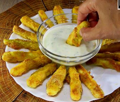 Вкусни хрупкави тиквички със сос